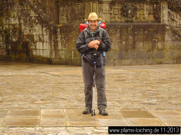 Anton Laucks - Am Ziel vor der Kathedrale in Santiago (Foto: Anton Laucks, 18.05.2013)